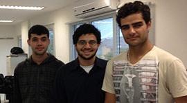 Três alunos financiados pela Go2web