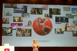 Wojcicki, ceo do youtube, dando palestra
