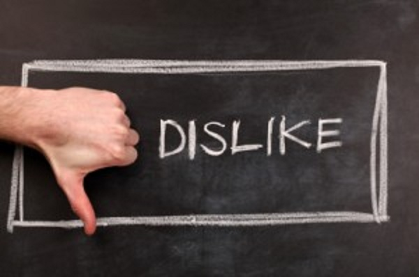 mão e frase dislike