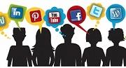 Silhueta de cinco jovens, cada um pensando em uma rede social